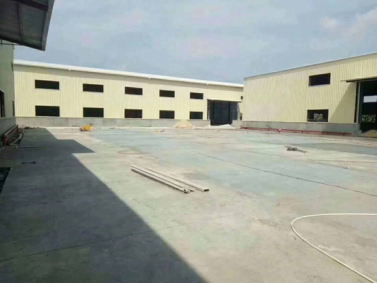 龙华新区新出物流厂库4000平方可分租空地超级大
