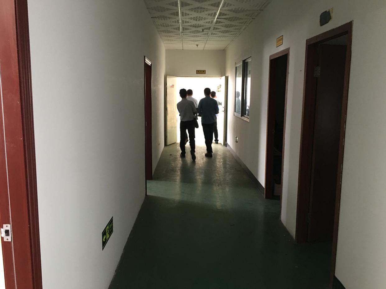 西田楼上带豪华精装修厂房有办公室消防喷淋-图7