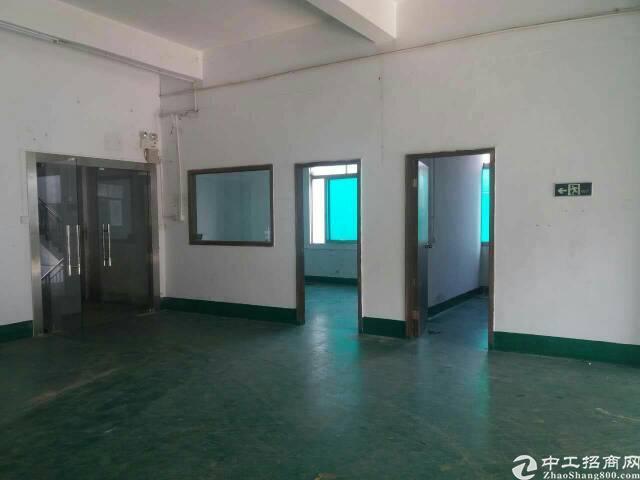 松岗天虹附近新出楼上厂房450平方米带装修低价招租原房东