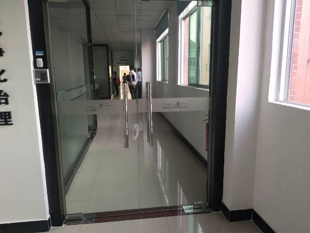 福永塘尾地铁口附近楼上600平米带装修