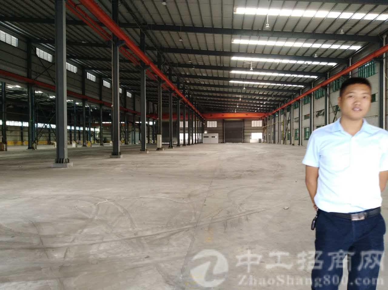 寮步镇独院单一层钢构厂房8000平方现有行车火爆招租