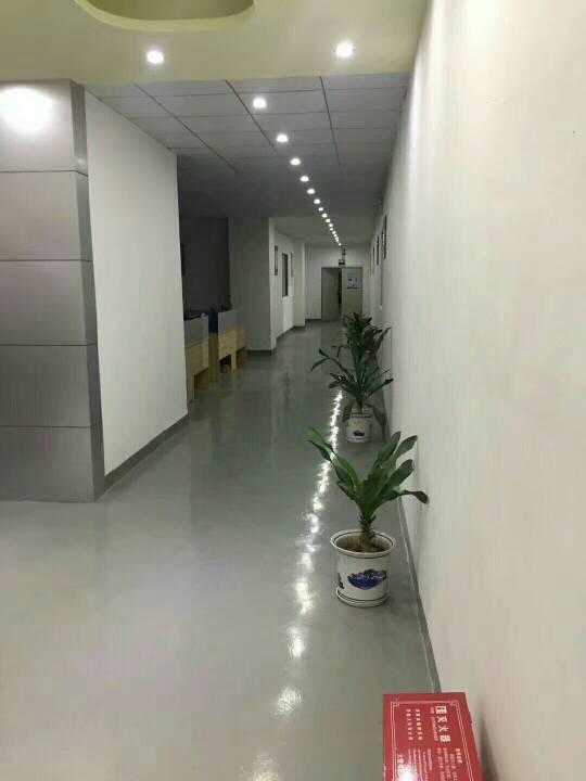 福永镇凤凰旭达工业区二楼1200平带精装修厂房招租