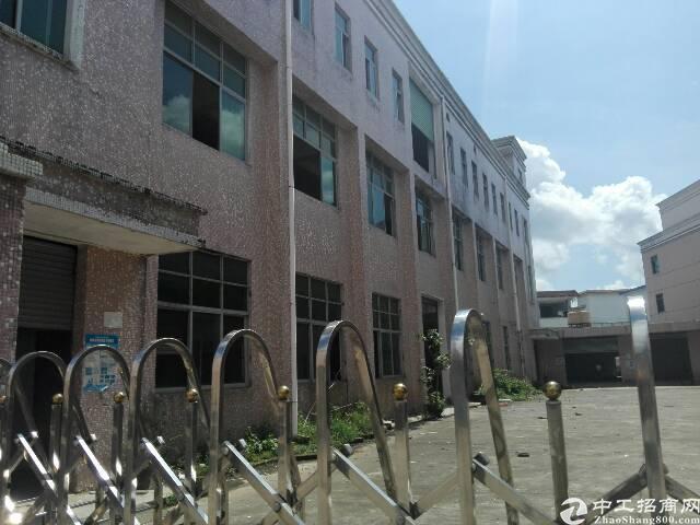 租厂房送宿舍。坪山独院厂房3700平19元租。