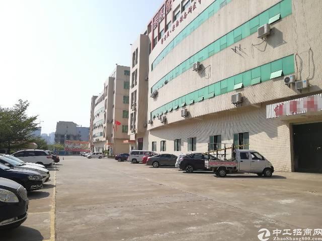 龙华新区大富工业园区三楼3180平方带精装修-图4