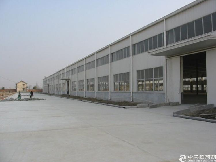 常平十米高钢构厂房招租