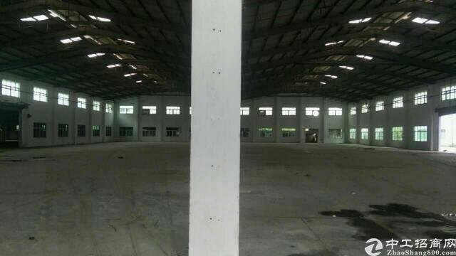 平湖清平富安高速出口处一楼物流仓库3000平方米招租