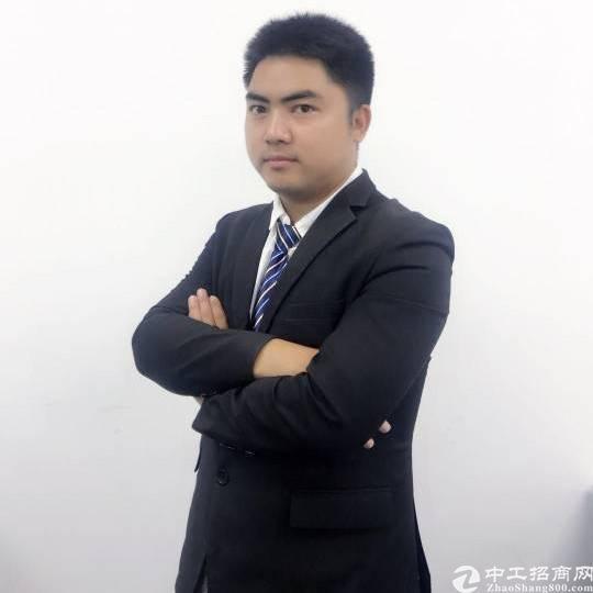 厂房经纪人李凌峰