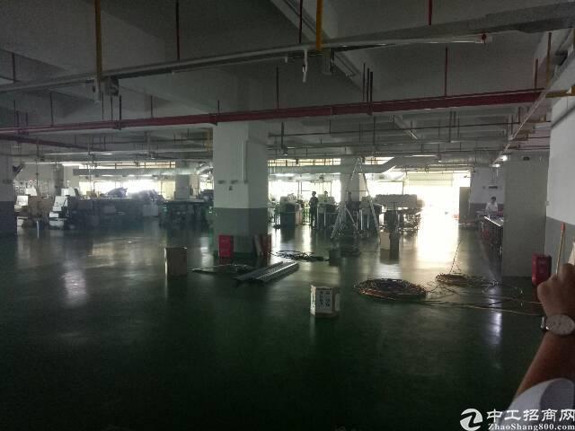 合水口3楼带装修重工业厂房2400平方招租