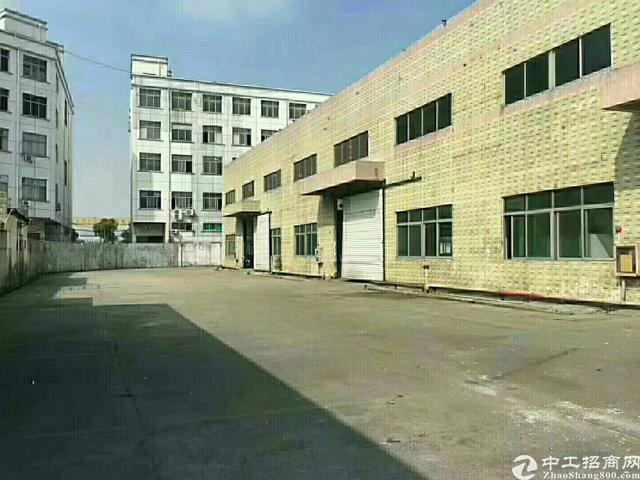 福永单一层砖墙到顶10米高钢构8600平