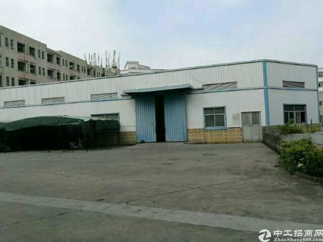 福永沿江高速出口新出10000平方钢构滴水10米高