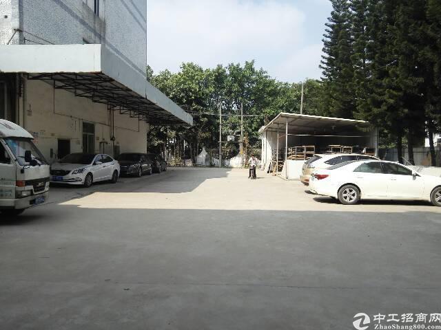 观澜新出标准厂房2200平方招租-图4