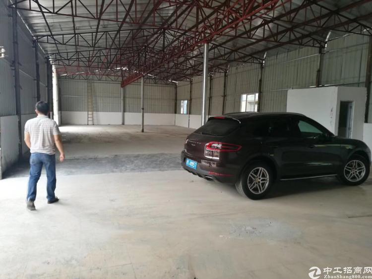 石碣西南全新单一层钢构厂房400㎡报价14元,原房东