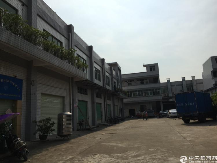 松岗高速出口新出独门独院1-2层3500平米厂房招租