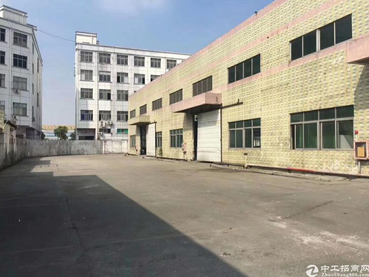 福永107国道旁8000平米单一层厂房