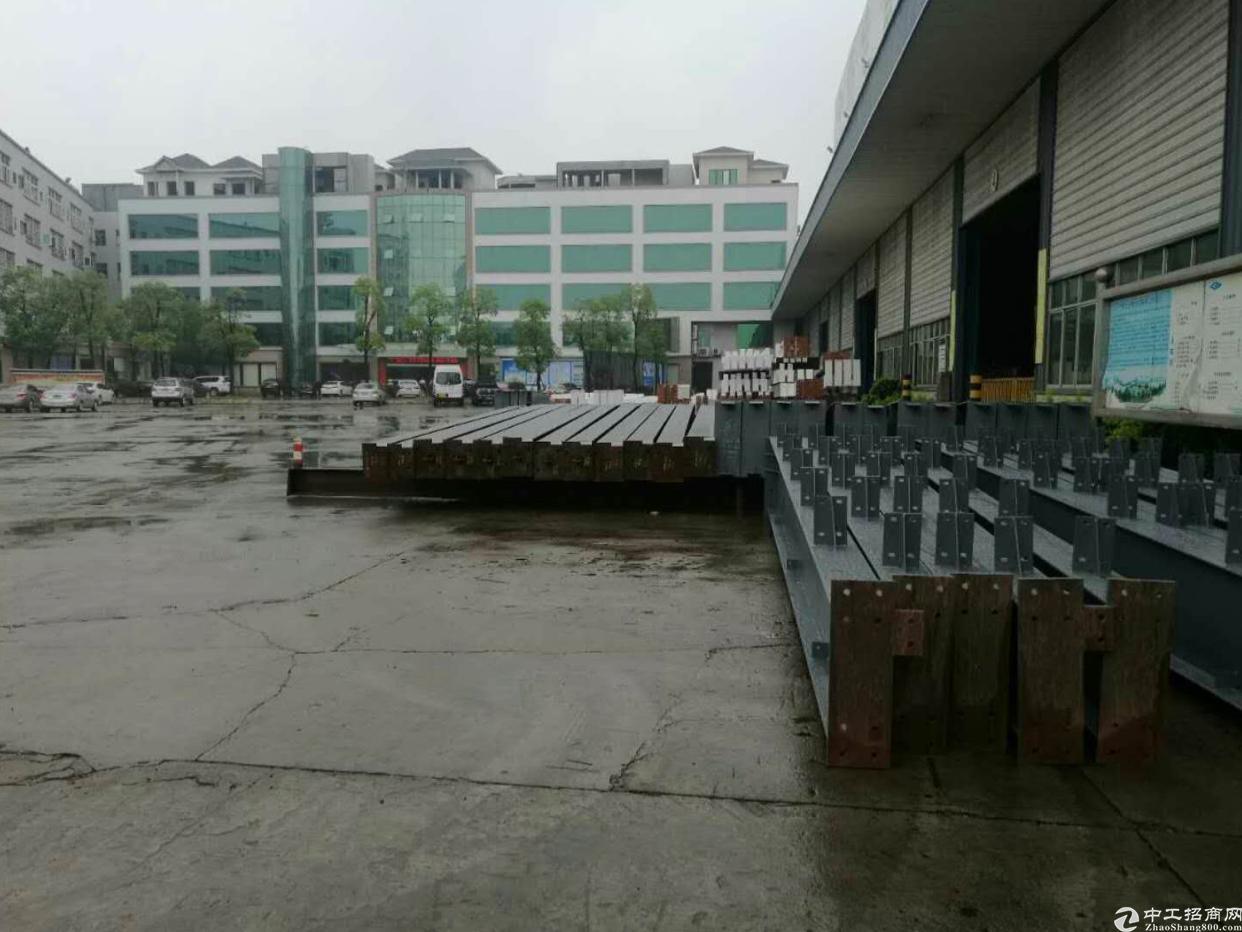 新出独院钢构厂房6000平方12米高
