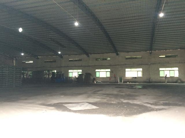 坪山石井路口大型工业区滴水7米钢构1600平可分租