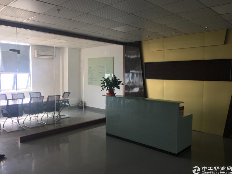 公明南光高速出口附近新出楼上1180带无尘车间,租15
