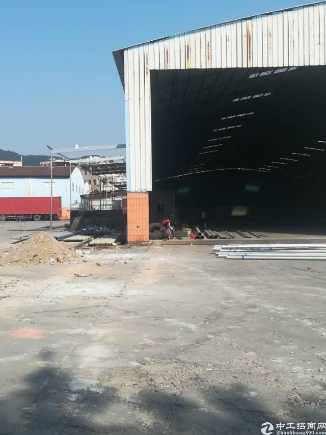 新塘牛仔城独院钢结构厂房8000平方