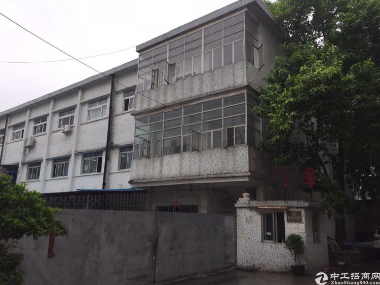 公明玉律2500平方米三层独院厂房招租