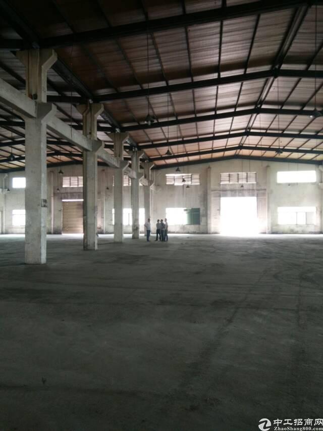 福永沿江高速出口新出单一层标准钢构3000平米招租