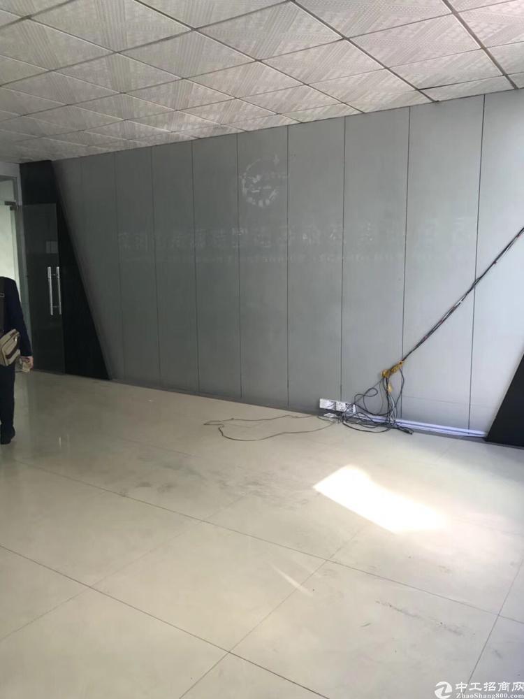 龙华大浪新百丽带装修3楼一层厂房1750平水电齐全