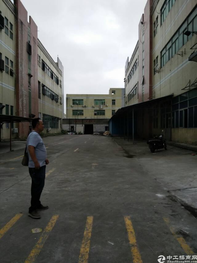 福永新和富桥工业区一楼800平厂房招租