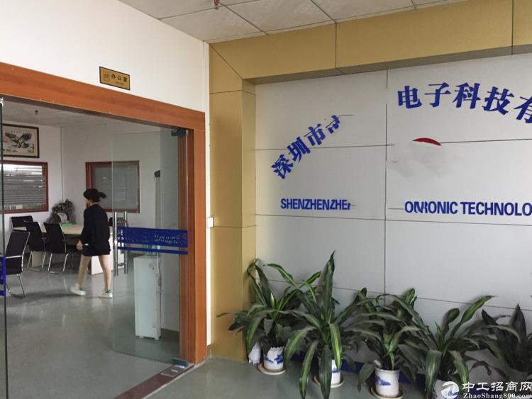 公明田寮1000平方米带装修楼上厂房招租