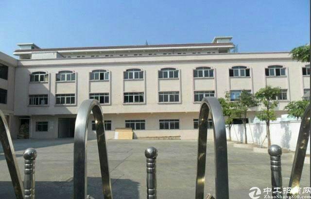 大岭山新塘新出独院厂房5000平米,宿舍1200平米,急出租