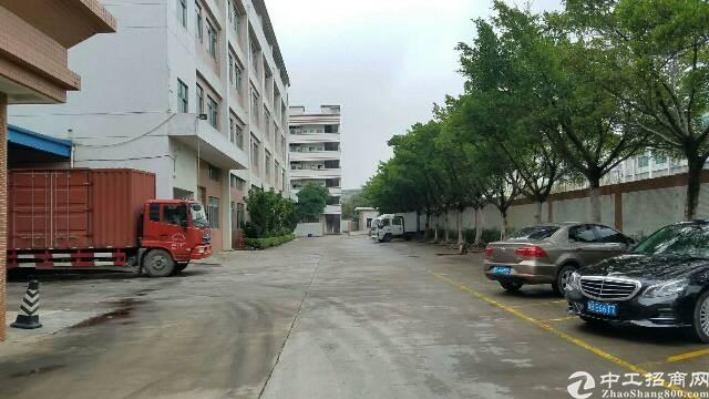 沙井后亭地铁口大型工业区新空出楼上1000带精装修厂房