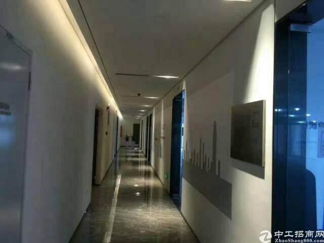 福永地铁口写字楼出租50平米图片5