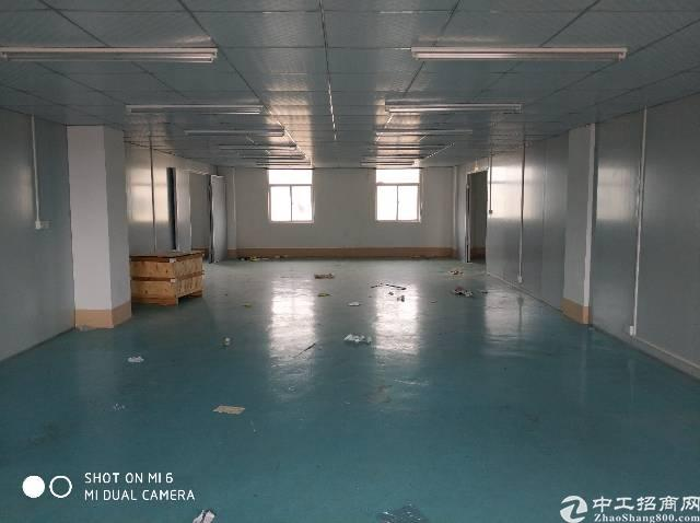 花园式工业园内标准厂房3楼450平米租售