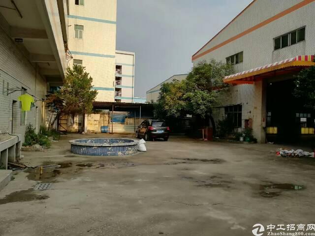 原房东精品单一层小独院出租,厂房整体面积2100平方米