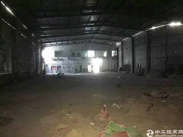 清湖地铁口9米钢构1500平出租,可做篮球,羽毛球馆