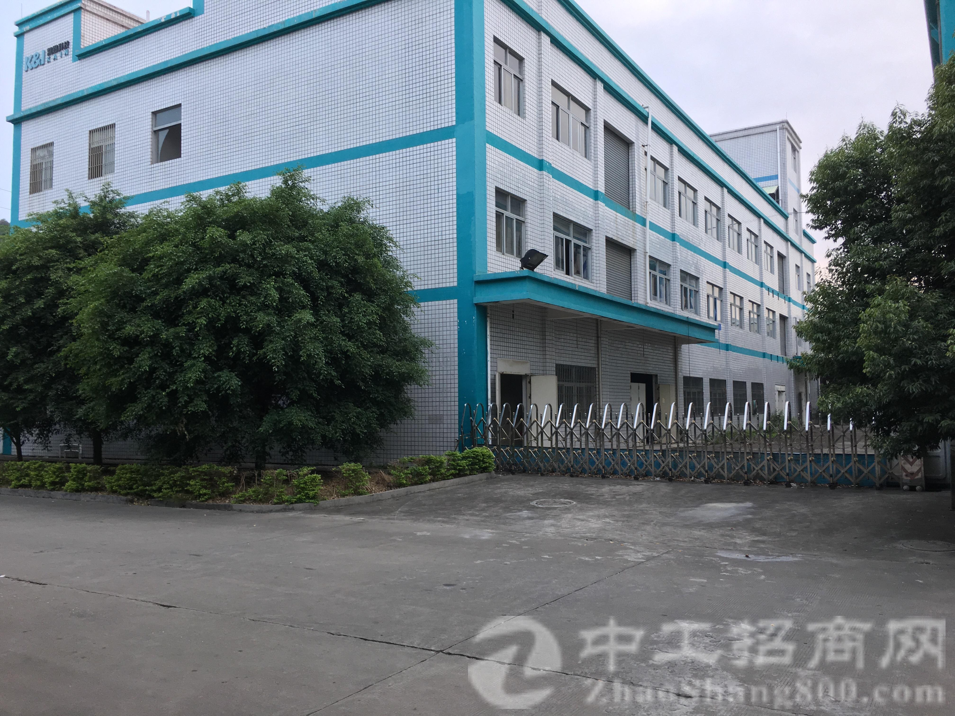 新出两栋独院标准厂房三层5200平米宿舍五层2500平方米
