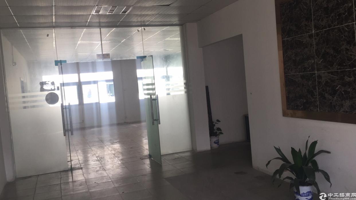 公明合水口苏宁易购旁新出二楼250平方带装修办公室4000包