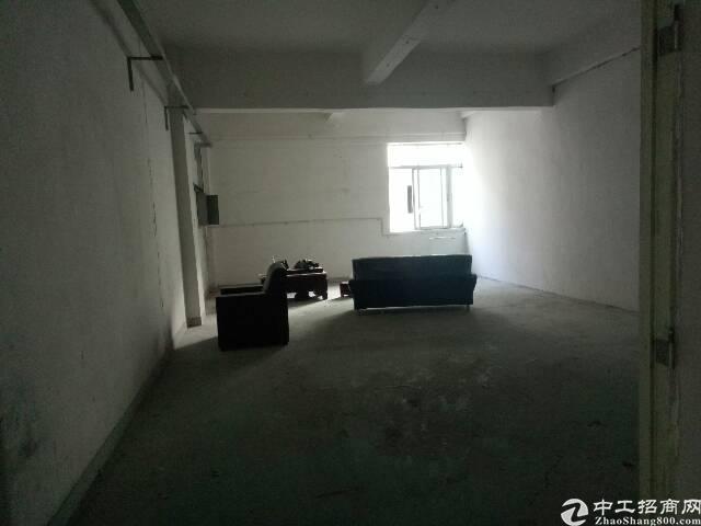 楼上新出原房东标准厂房700m²-图2