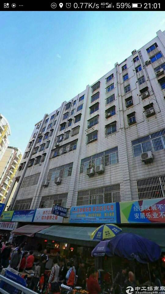 龙岗中心城楼上3500平公寓出租