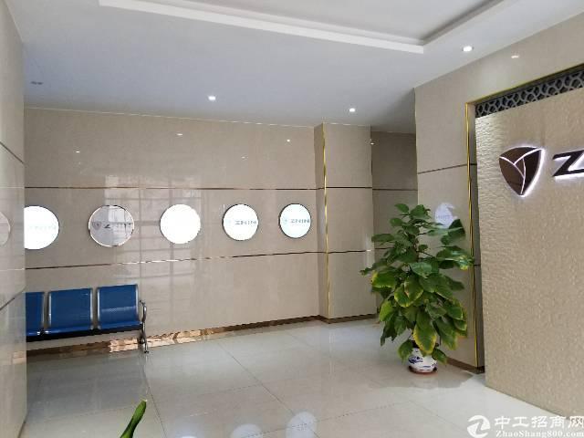 松岗新出楼上1500平米带装修厂房急租。