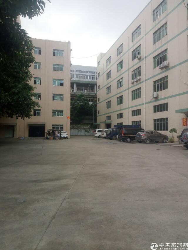 龙华龙胜地铁站附近原房东厂房一楼1000平高7米