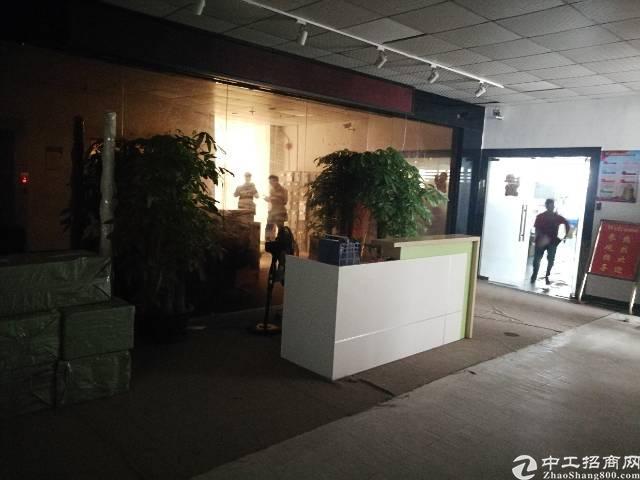 公明李松蓢炮台路新出楼上1400平带装修厂房
