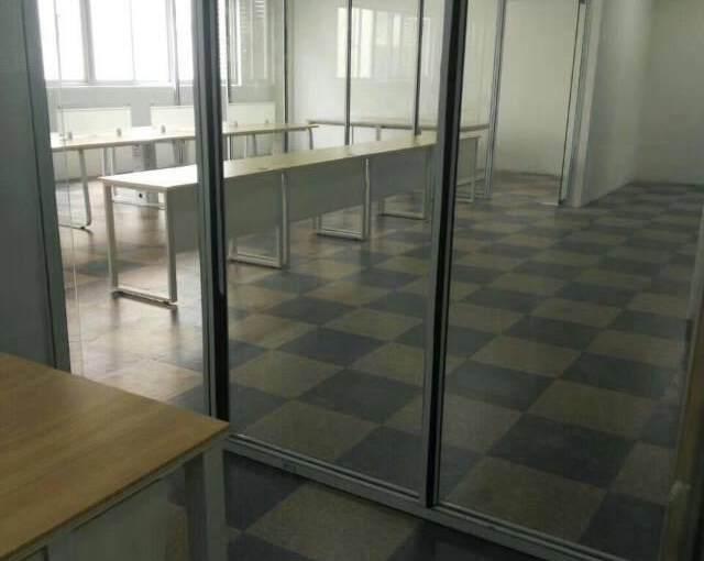 横岗新处写字楼 800平方 价格 40元 永福地铁站 旁边图片3