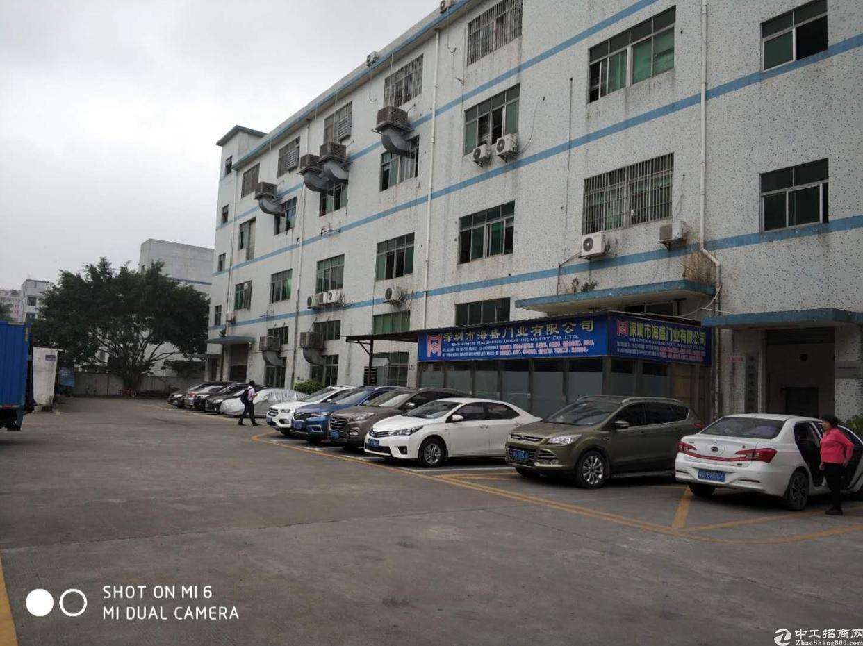 龙华大浪商业中心附近1280平厂房出租,面积实在,精装修