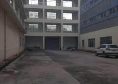 坑梓老坑工业区附近厂房改办公室900平