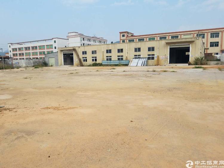 松岗燕川超大独院但一层4000平方招租,空地五千平方。
