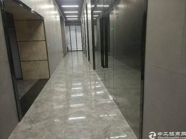 松岗大田洋新出楼上厂房1200平方米带装修低价招租