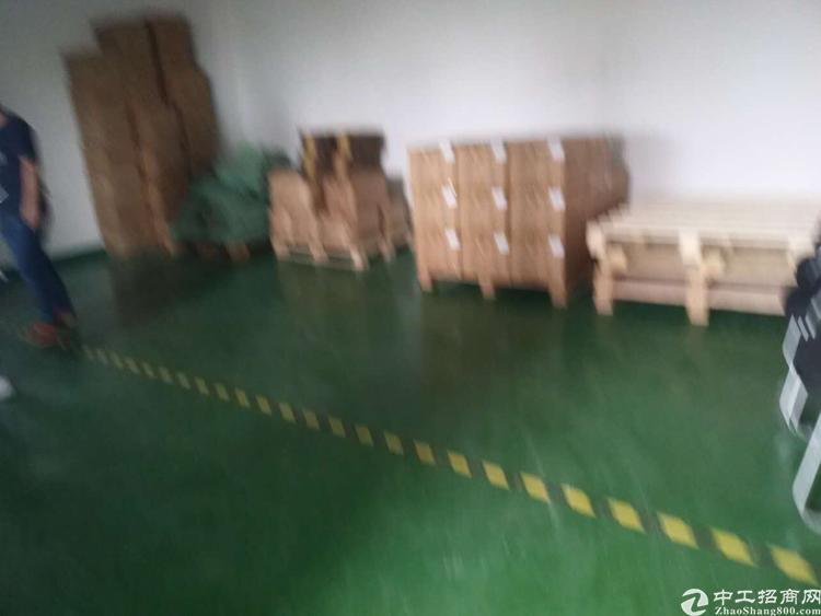 福永白石下新塘工业区楼上900平方带装修厂房招租