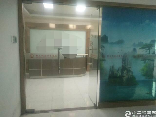 福永凤凰国道边楼上700平精装修厂房出租