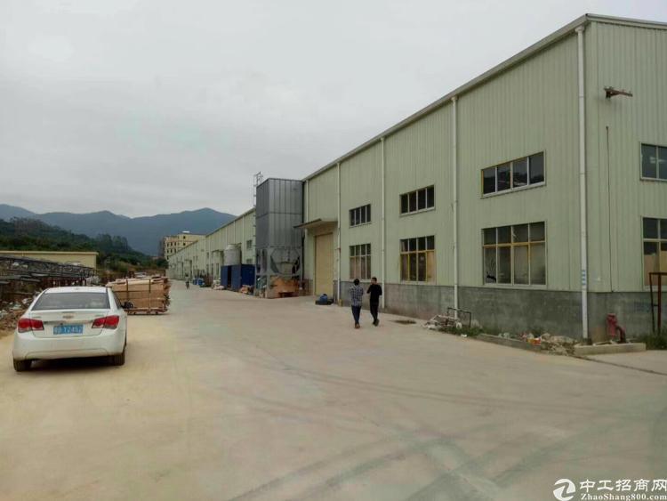 坪地中心村新出钢构4800平米独院厂房出租