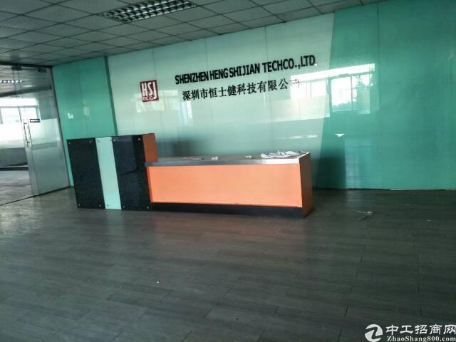 福永107国道边独门独院6000平米厂房出租