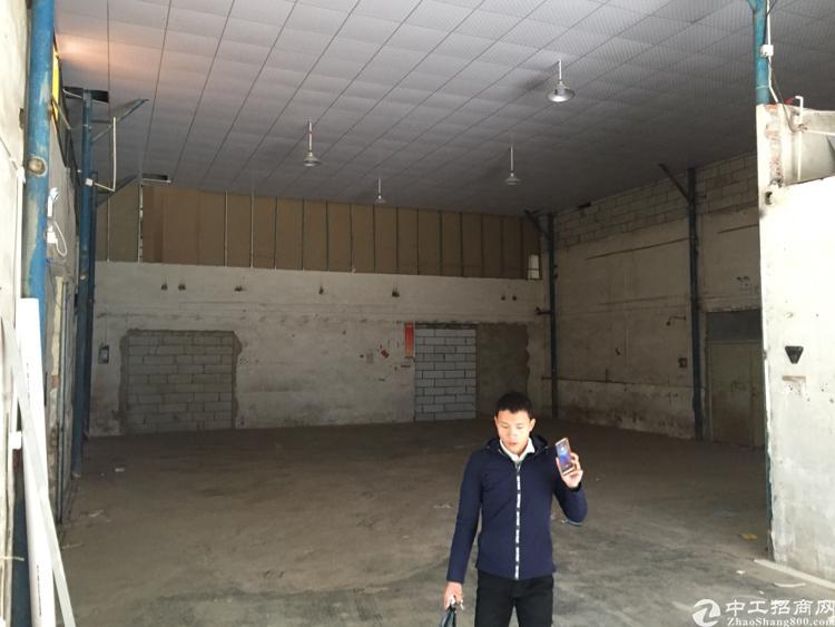 坪地年丰400平钢构厂房15元出租,水电到位